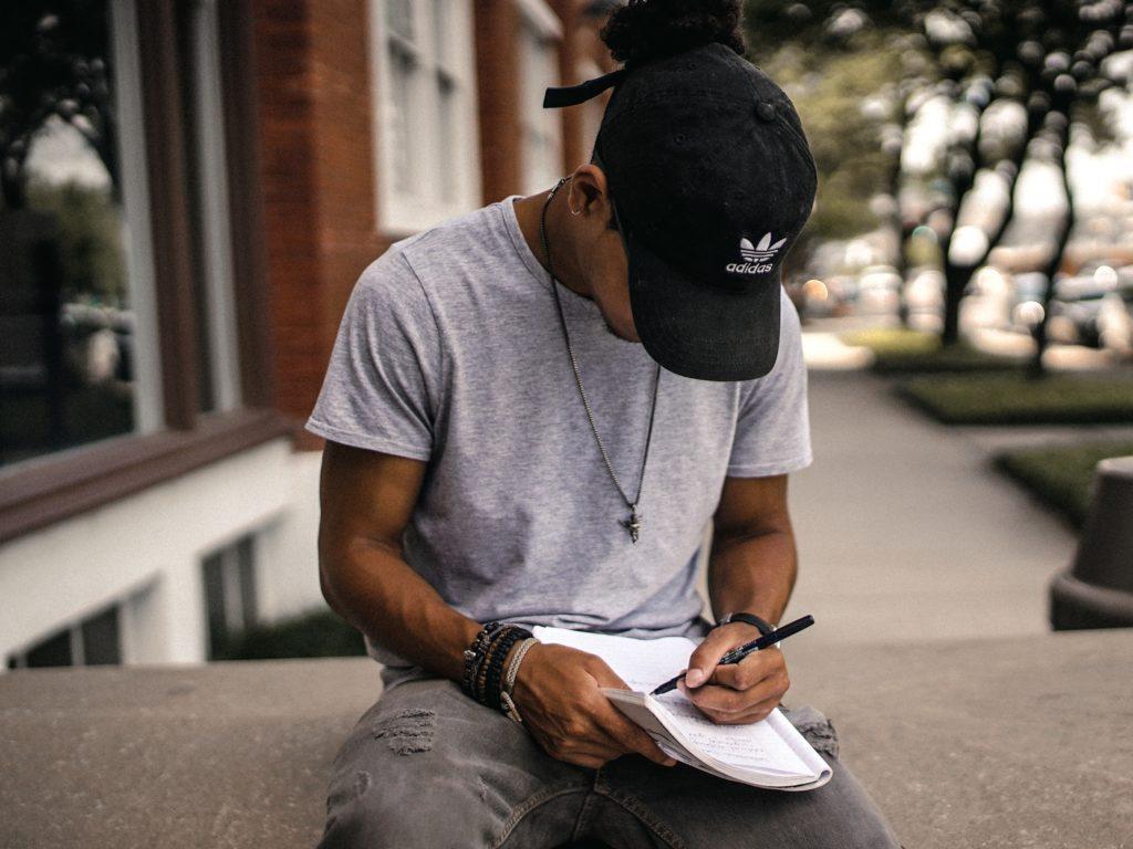 Que mettre dans son CV ? Checklist pour valoriser son parcours professionnel 3