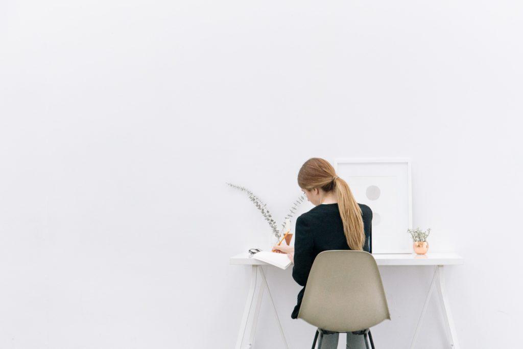 Travailler dans une grande ou une petite entreprise ? Comparatif des principaux avantages et inconvénients 1
